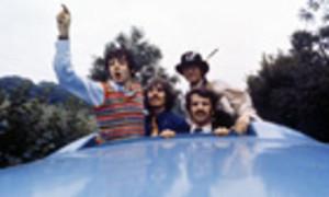Beatlespaulgeorgeringo005